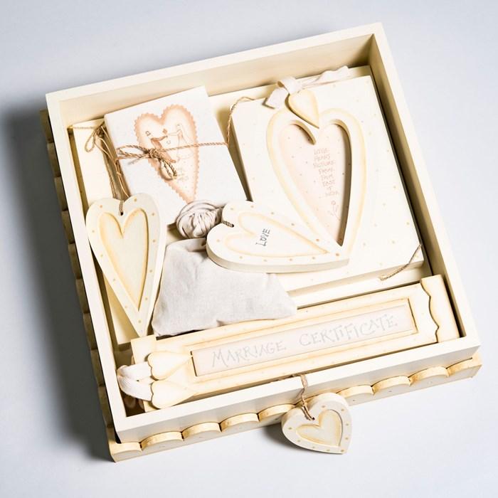 Unique Wedding Gift Experiences : Wedding Box Gift Set Wedding Gifts GettingPersonal.co.uk