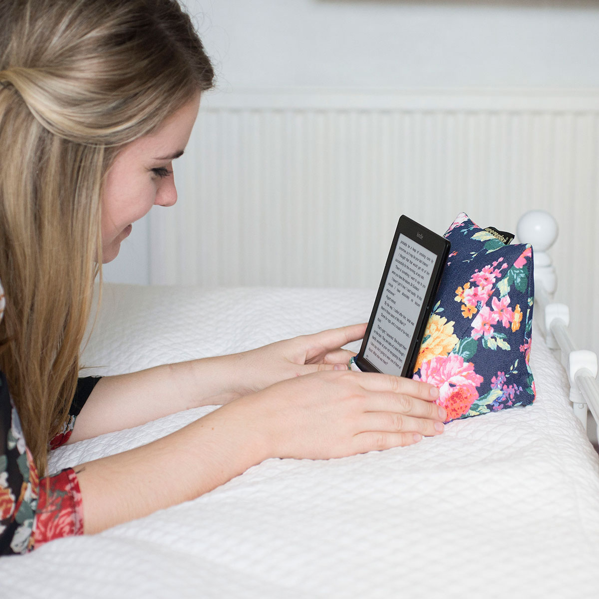 Coz E Reader Denim Floral Print Cushion E Reader Stand