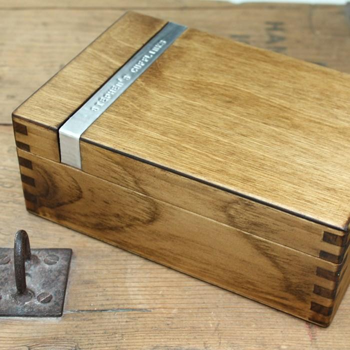 personalised wooden cufflink box gettingpersonal co uk