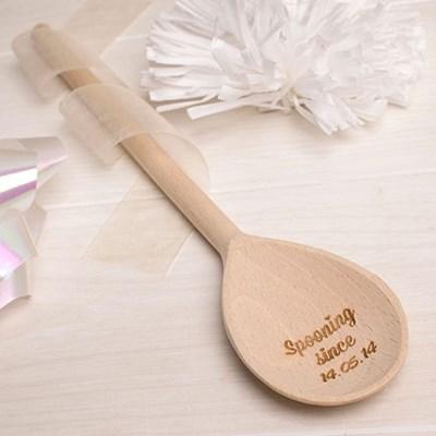 Personalised Wedding Gifts Edinburgh : Engraved Wooden Wedding SpoonMr & Mrs GettingPersonal.co.uk
