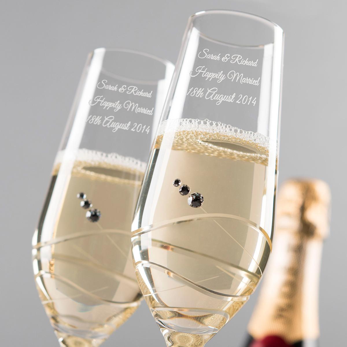Wedding Gift Ideas Uk: Engraved Crystal Champagne Flutes
