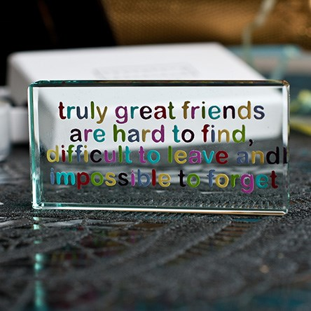 Birthday gifts for friends Amazing christmas gifts for your best friend