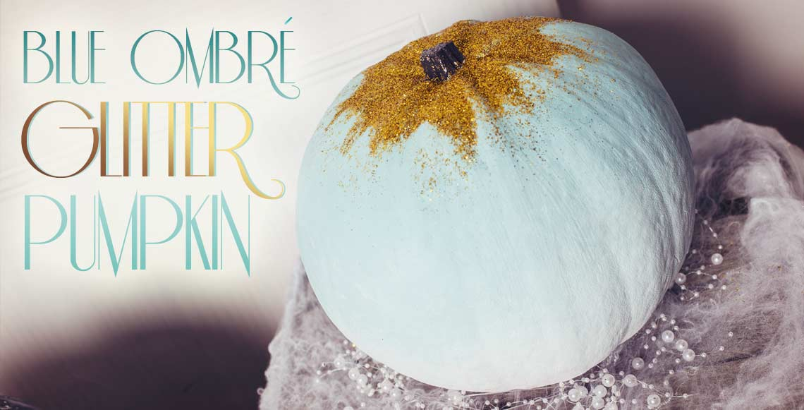 No-Carve Halloween Pumpkins:DIY Blue Ombré Glitter
