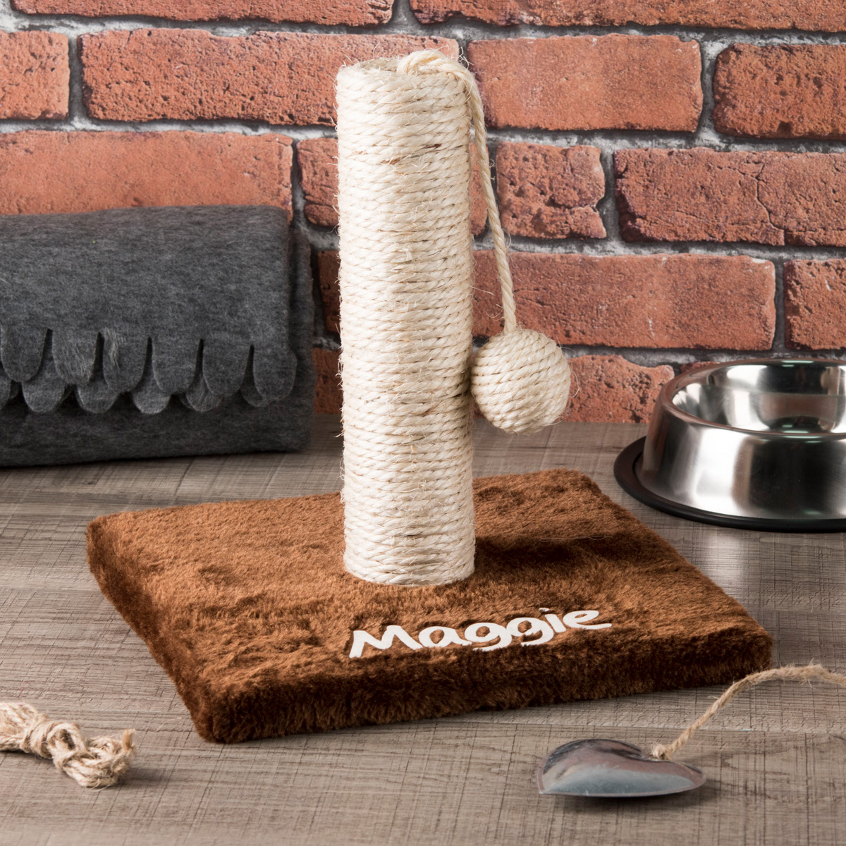 Personalised Cat Scratching Post