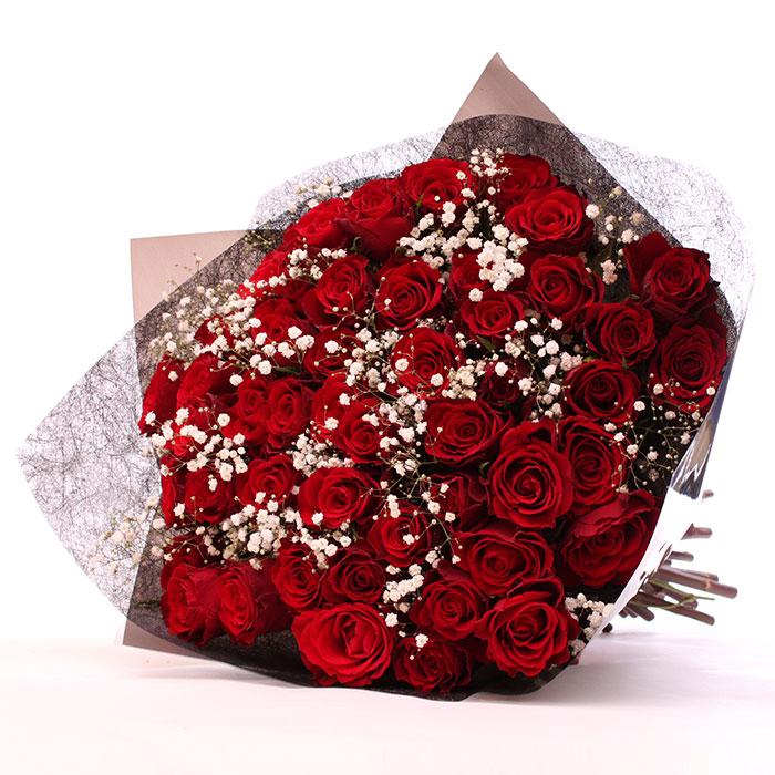 50 Romantic Red Roses